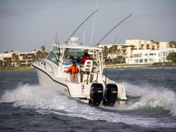 2020 Boston Whaler boat for sale, model of the boat is 315 Conquest & Image # 19 of 79