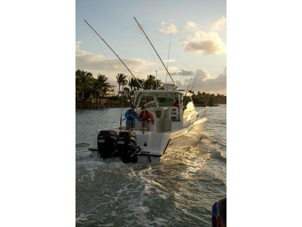 2020 Boston Whaler boat for sale, model of the boat is 315 Conquest & Image # 21 of 79
