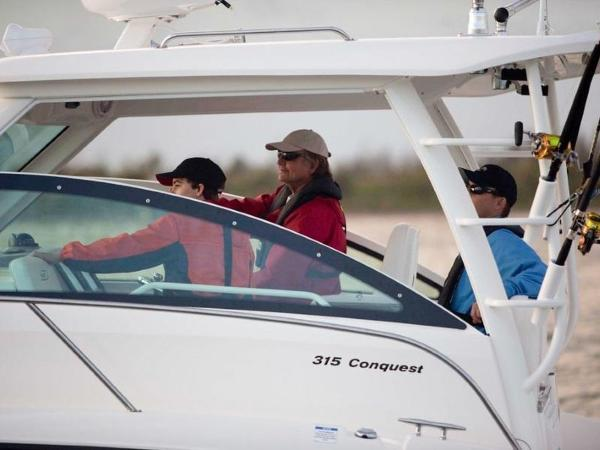 2020 Boston Whaler boat for sale, model of the boat is 315 Conquest & Image # 34 of 79