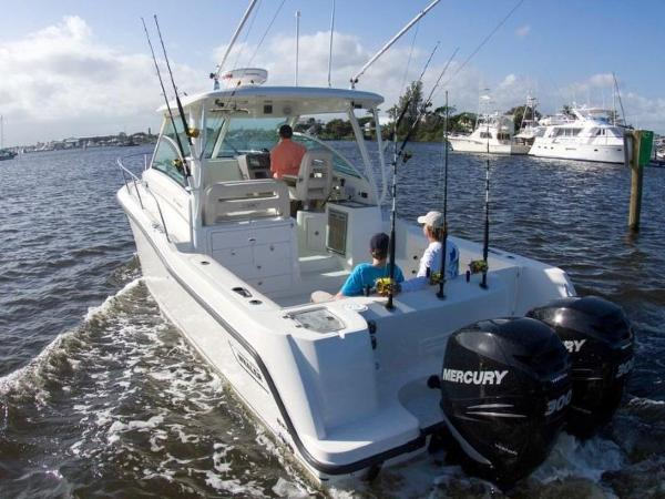 2020 Boston Whaler boat for sale, model of the boat is 315 Conquest & Image # 38 of 79