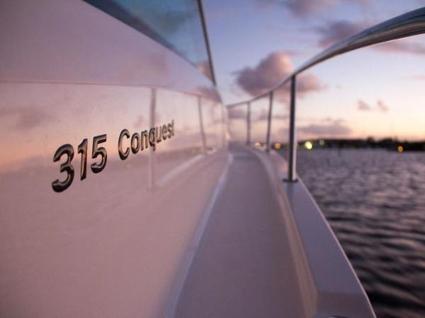 2020 Boston Whaler boat for sale, model of the boat is 315 Conquest & Image # 40 of 79