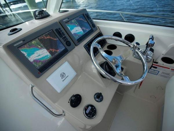 2020 Boston Whaler boat for sale, model of the boat is 315 Conquest & Image # 67 of 79