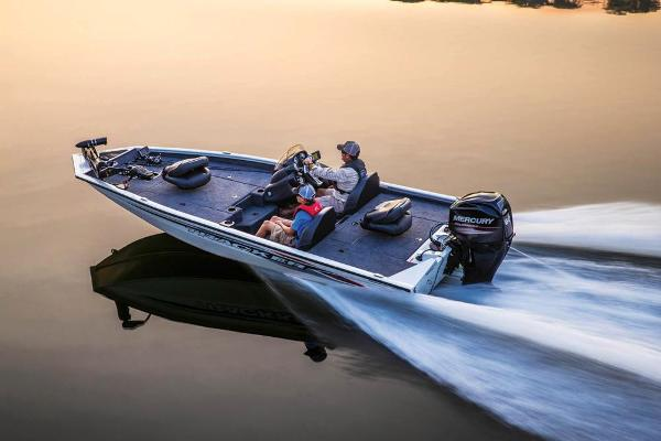 2020 Tracker Boats boat for sale, model of the boat is Pro Team 175 TXW Tournament Edition & Image # 2 of 65