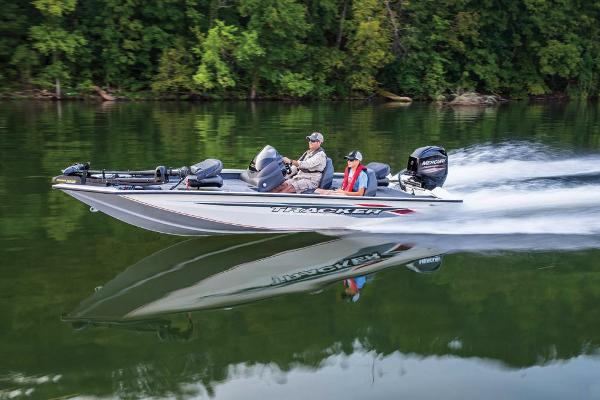 2020 Tracker Boats boat for sale, model of the boat is Pro Team 175 TXW Tournament Edition & Image # 12 of 65