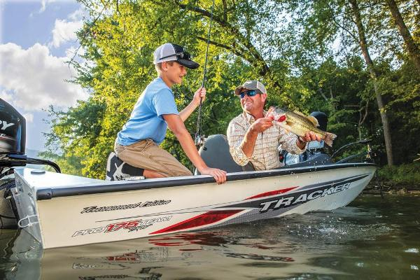 2020 Tracker Boats boat for sale, model of the boat is Pro Team 175 TXW Tournament Edition & Image # 61 of 66