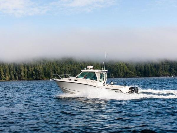 2020 Boston Whaler boat for sale, model of the boat is 315 Conquest Pilothouse & Image # 8 of 72