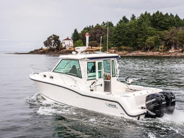 2020 Boston Whaler boat for sale, model of the boat is 315 Conquest Pilothouse & Image # 13 of 72