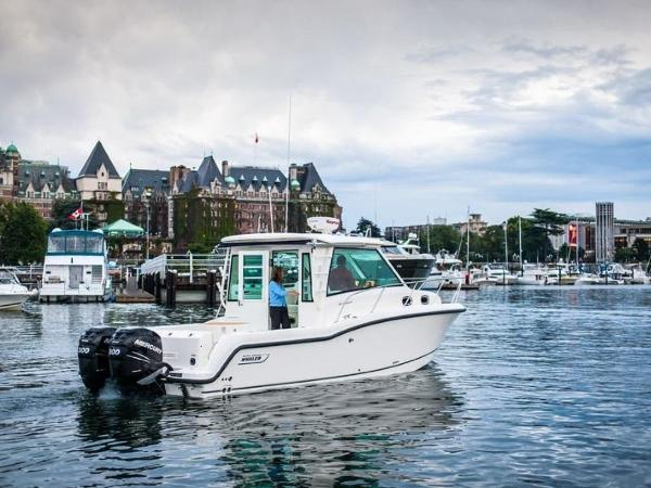 2020 Boston Whaler boat for sale, model of the boat is 315 Conquest Pilothouse & Image # 17 of 72