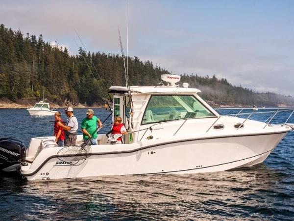 2020 Boston Whaler boat for sale, model of the boat is 315 Conquest Pilothouse & Image # 21 of 72