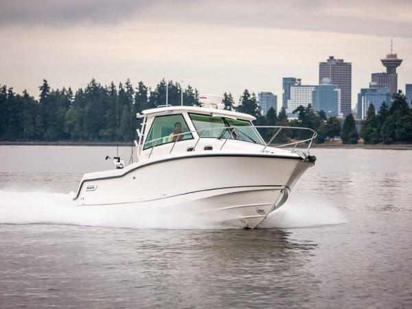 2020 Boston Whaler boat for sale, model of the boat is 315 Conquest Pilothouse & Image # 25 of 72