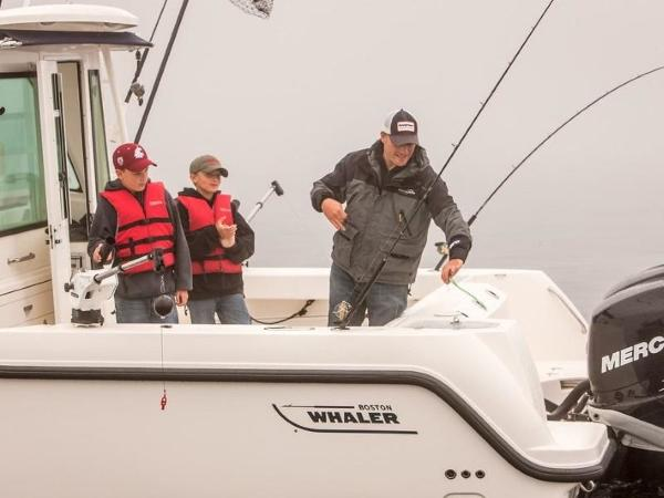 2020 Boston Whaler boat for sale, model of the boat is 315 Conquest Pilothouse & Image # 27 of 72