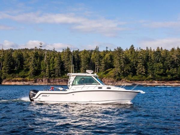 2020 Boston Whaler boat for sale, model of the boat is 315 Conquest Pilothouse & Image # 28 of 72
