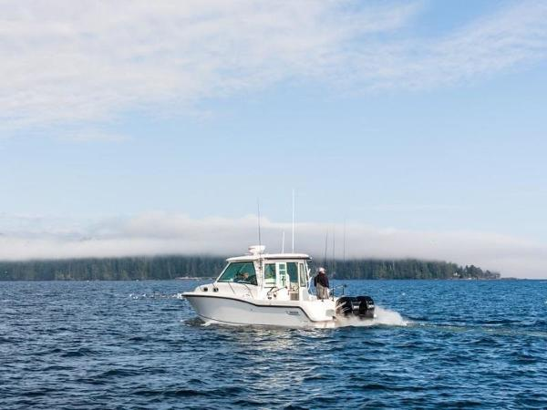 2020 Boston Whaler boat for sale, model of the boat is 315 Conquest Pilothouse & Image # 31 of 72