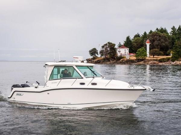 2020 Boston Whaler boat for sale, model of the boat is 315 Conquest Pilothouse & Image # 32 of 72