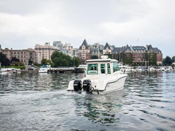 2020 Boston Whaler boat for sale, model of the boat is 315 Conquest Pilothouse & Image # 39 of 72