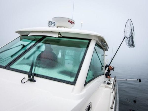 2020 Boston Whaler boat for sale, model of the boat is 315 Conquest Pilothouse & Image # 50 of 72