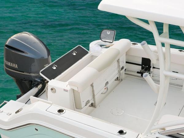 2020 Robalo boat for sale, model of the boat is R247 & Image # 6 of 28