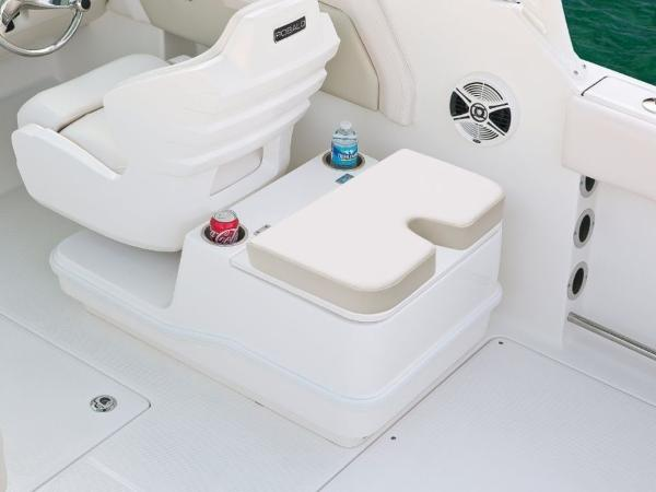 2020 Robalo boat for sale, model of the boat is R247 & Image # 12 of 28