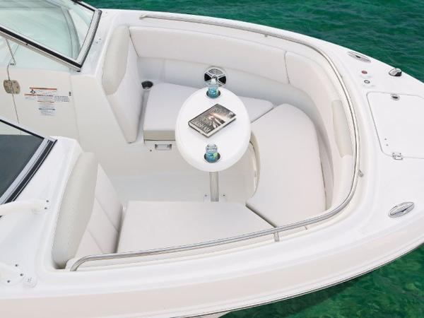 2020 Robalo boat for sale, model of the boat is R247 & Image # 18 of 28
