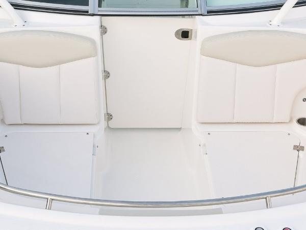 2020 Robalo boat for sale, model of the boat is R247 & Image # 21 of 28