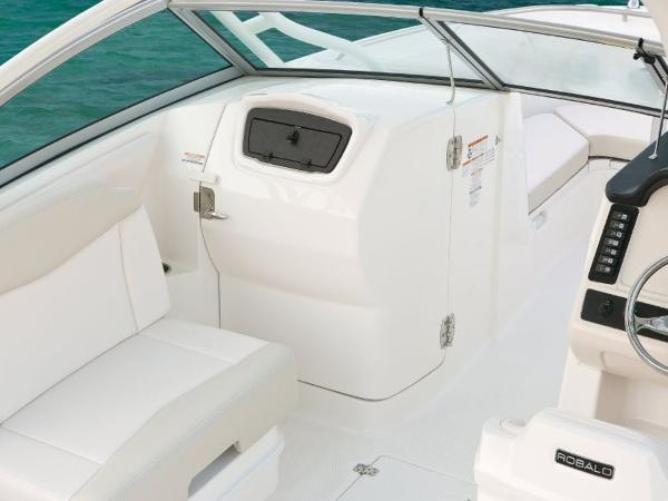 2020 Robalo boat for sale, model of the boat is R247 & Image # 26 of 28