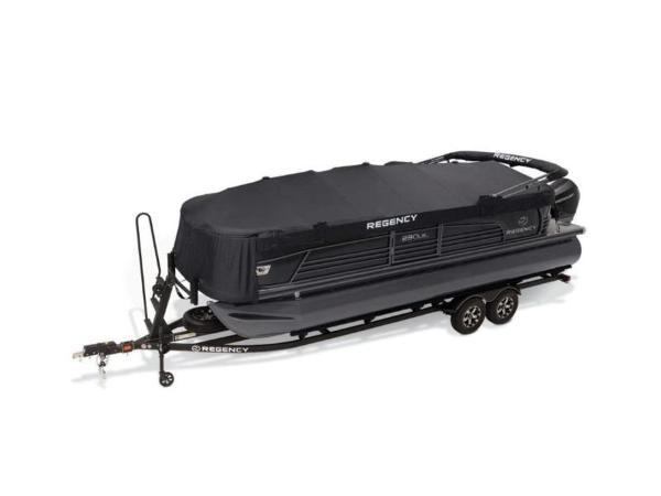 2020 Regency boat for sale, model of the boat is 230 LE3 & Image # 4 of 55