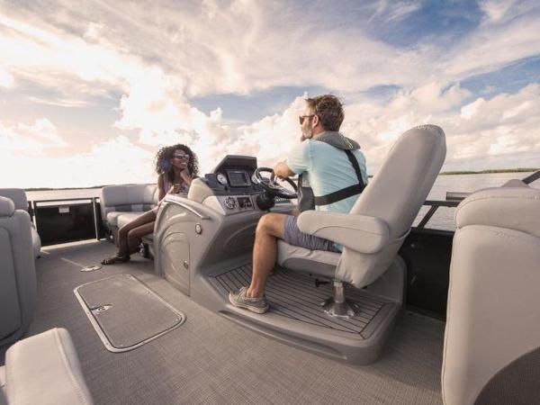 2020 Regency boat for sale, model of the boat is 230 LE3 & Image # 23 of 55