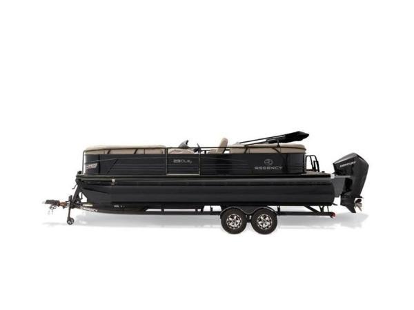 2020 Regency boat for sale, model of the boat is 230 LE3 & Image # 42 of 55