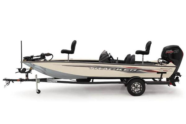 2020 Tracker Boats boat for sale, model of the boat is Pro Team 190 TX Tournament Edition & Image # 18 of 65