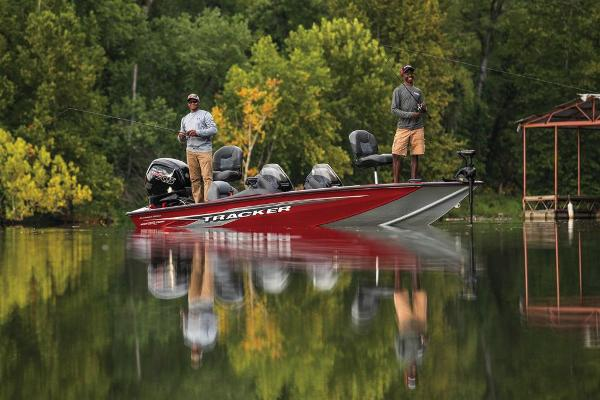 2020 Tracker Boats boat for sale, model of the boat is Pro Team 190 TX Tournament Edition & Image # 4 of 65