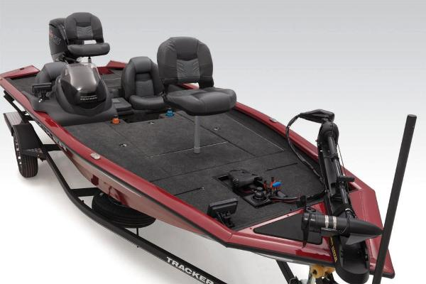 2020 Tracker Boats boat for sale, model of the boat is Pro Team 190 TX Tournament Edition & Image # 21 of 65