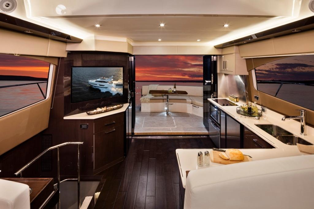 Carver C52 Galley Aft