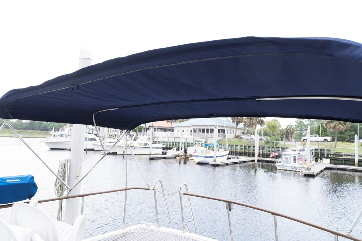 Custom 42 Taiwan Overseas - Aft Deck Bimini Top