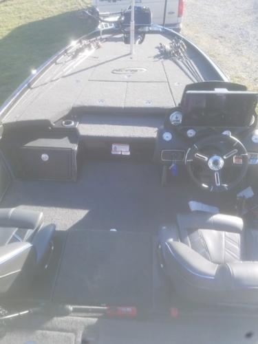 2018 Nitro boat for sale, model of the boat is Z21 & Image # 7 of 7
