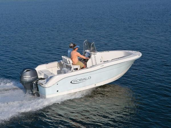 2020 Robalo boat for sale, model of the boat is R180 & Image # 2 of 16