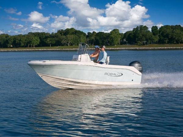2020 Robalo boat for sale, model of the boat is R180 & Image # 3 of 16