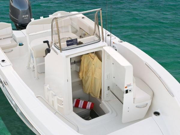2020 Robalo boat for sale, model of the boat is R180 & Image # 13 of 16