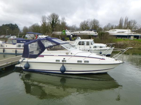 1987 Fairline Sunfury 26