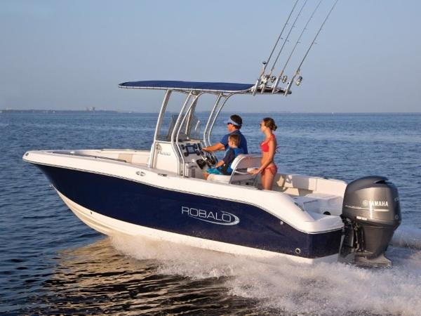 2020 Robalo boat for sale, model of the boat is R200 & Image # 4 of 18