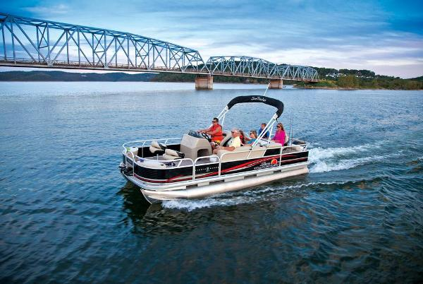 2013 Sun Tracker boat for sale, model of the boat is Fishin' Barge 22 DLX & Image # 4 of 44