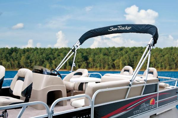2013 Sun Tracker boat for sale, model of the boat is Fishin' Barge 22 DLX & Image # 25 of 44