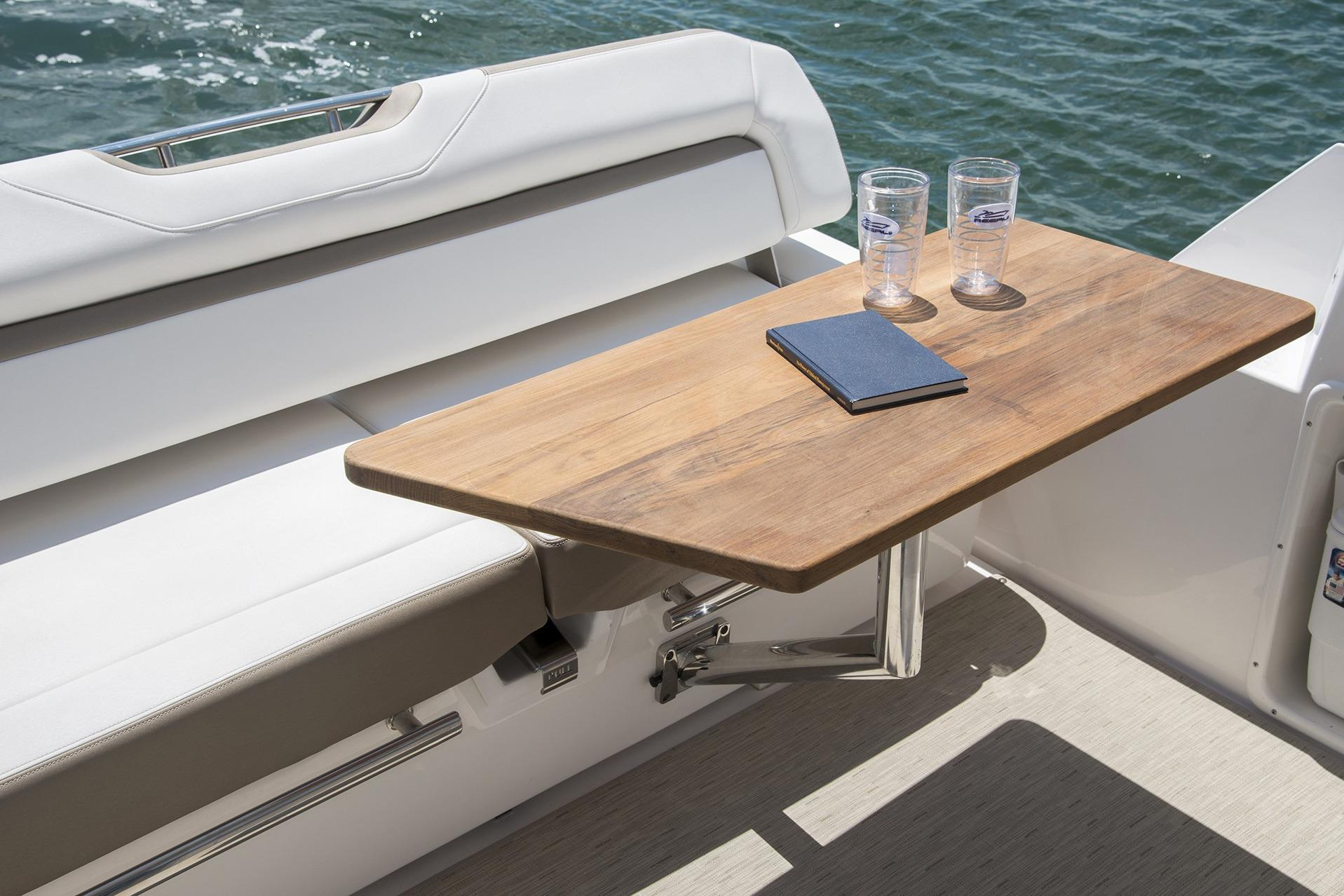 Regal 35 Sport Coupe - Cockpit table in place