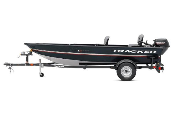 2020 Tracker Boats boat for sale, model of the boat is Guide V-16 Laker DLX T & Image # 31 of 34