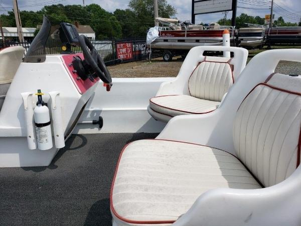 2001 Logic boat for sale, model of the boat is 16 & Image # 10 of 10