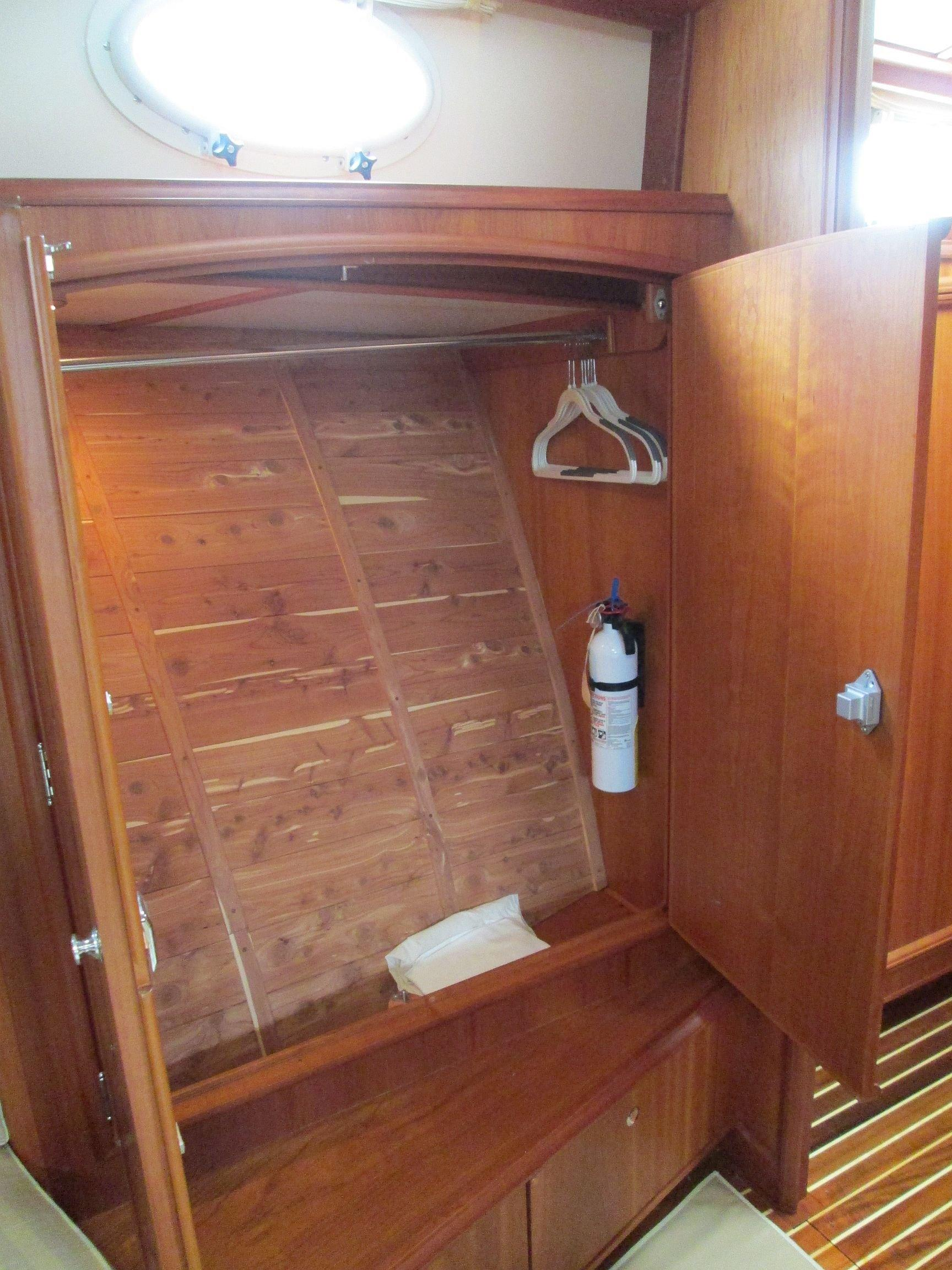 """2006 Hinckley Talaria 55 My Yacht for Sale in Annapolis MD """"Suzanne"""""""