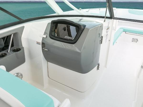 2020 Robalo boat for sale, model of the boat is R317 & Image # 27 of 39