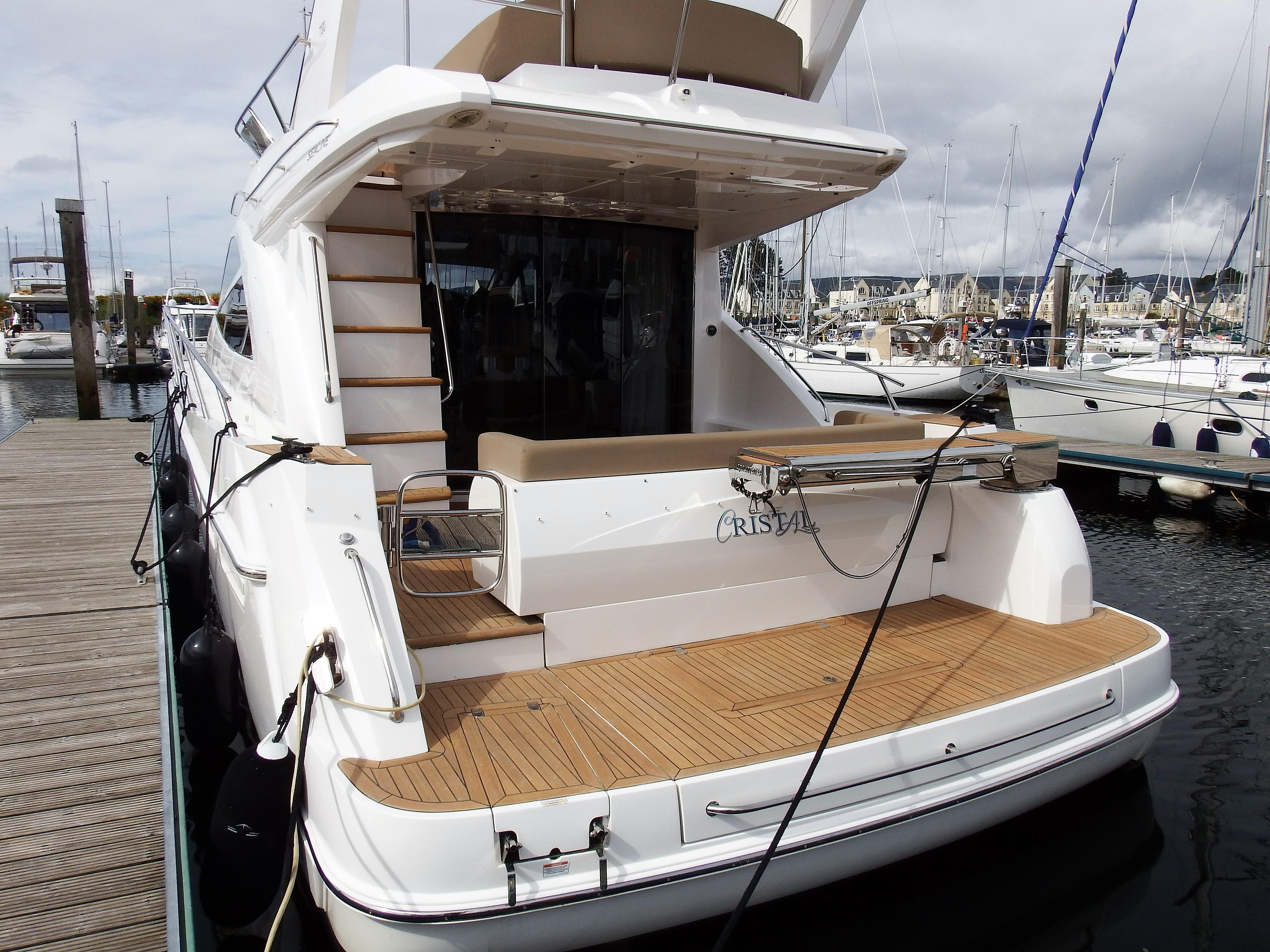 Sealine T50 for sale - Michael Schmidt and Partner