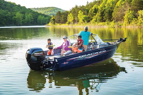 2020 Tracker Boats boat for sale, model of the boat is Pro Guide V-175 Combo & Image # 31 of 295