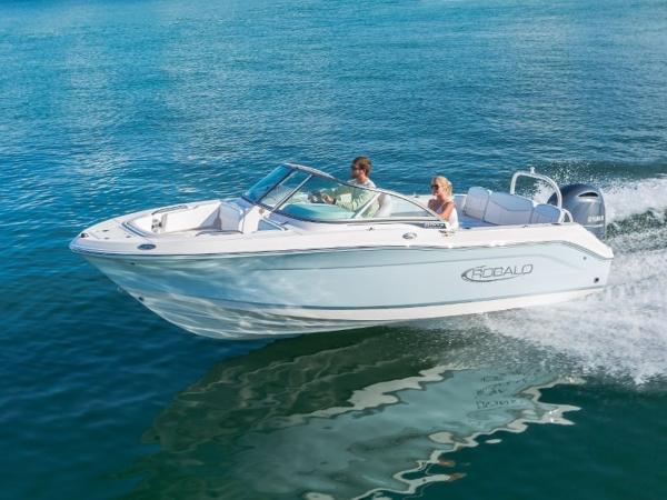 2020 Robalo boat for sale, model of the boat is R207 & Image # 1 of 21