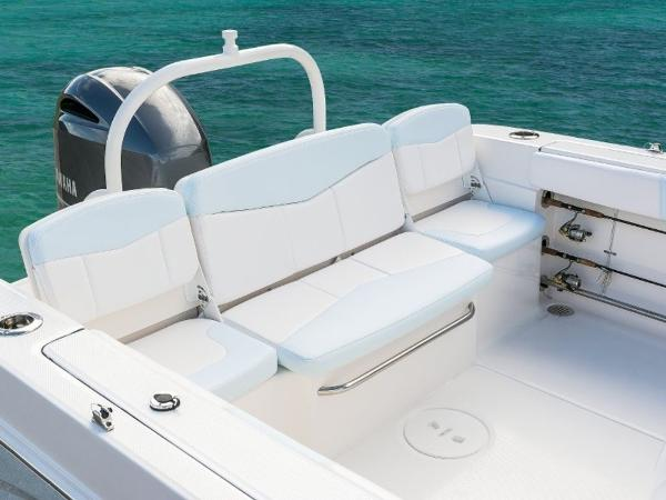 2020 Robalo boat for sale, model of the boat is R207 & Image # 3 of 21
